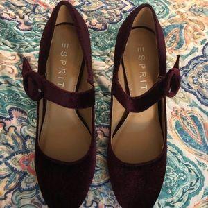 Shoes - vintage looking heels